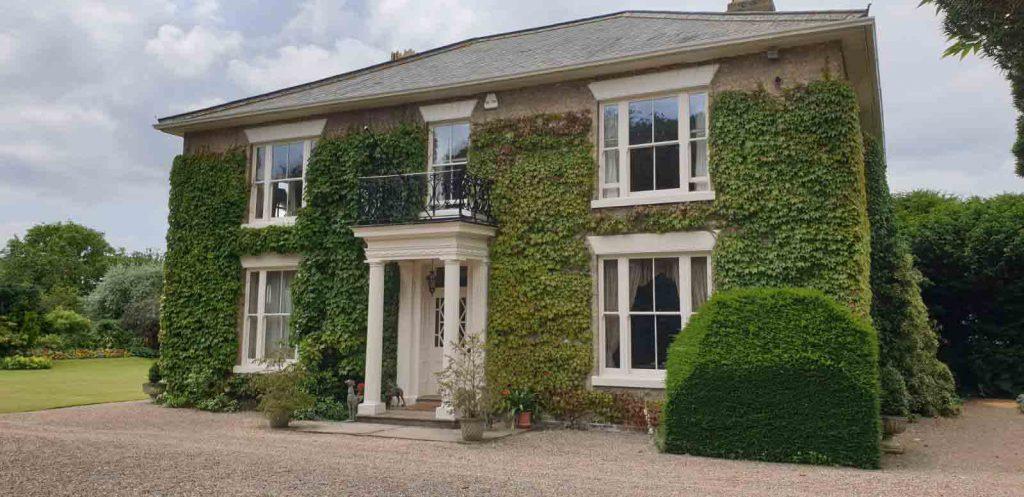 Full house of sliding sash windows